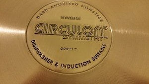 Circulon skillet stamp on back of pan