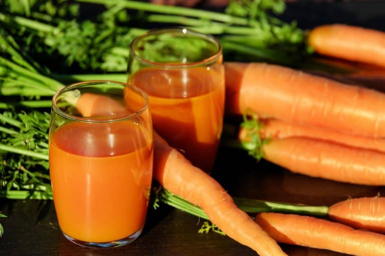 fresh carrots and carrot juice
