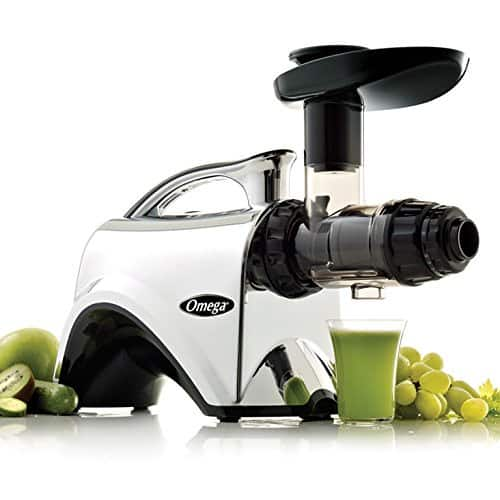 Omega NC900 HDC Juicer Extrator with Fruit